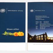 Logo WelfenAkademie, Anwendung – infragrau, gute Gestaltung
