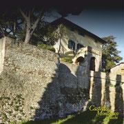 La fortezza di Aiola, adesso una azienda agricola / The fortress of Aiola, now a farm.