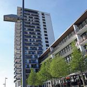 Moderne Büro- und Wohnbebauung an der Buffkaje