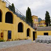 Amphitheater Gardasee Gabriele d`Annunzio Gardasee: Giardino Vittoriale  Italien