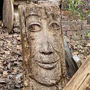 Bild: Holzgesicht