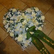Würdevoller Abschied: Blumenwerkstatt-Trauerfloristik