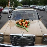 Autoschmuck zur Hochzeit: Blumenwerkstatt Dresden