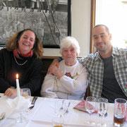 Chrissie, Oma, Tobias