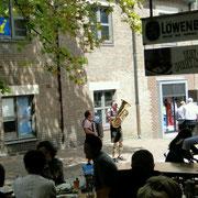 Loewenbraeu und Volksmusik