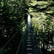 Ein-Personen-Hängebrücke