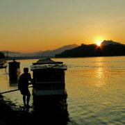 Sonnenuntergang am Nam Kong (Mekong)