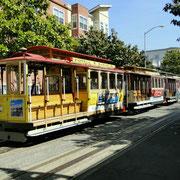 Die alte Straßenbahn (Cable Car) gehört auch zu San Francisco