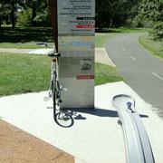 Tolle Radwege mit Wasserversorgung und Information