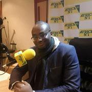 """A l'antenne sur Africa numéro 1 le 8/12/17 dans l'émission """"Vendredi c'est permis""""."""
