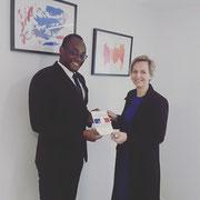 16/03/18: J'ai été reçu ce jour par madame Virginie Calmels. Échanges francs autour de la situation de la jeunesse, de la condition de la femme et de la situation du handicap. Je lu ai offert mon livre.