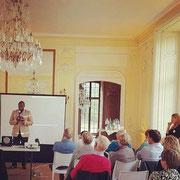 05/10/19: Intervention d'Abel Boyi lors du colloque sur l'engagement citoyen organisé par LREM au château de Thugny (Ardennes)