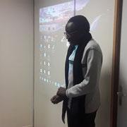 """04/05/18: intervention du jeune Boubavary Dramé, conseiller FR sur les questions du handicap lors de notre forum d'inclusion sociale ayant pour thème """"Une jeunesse devant la sensibilisation du handicap"""" à la """"Fabrique"""" à Longjumeau (91)"""