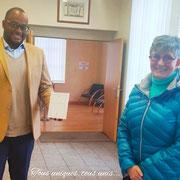 """14/12/20: A la mairie de Verberie (60) avec madame Odile Arnould, adjointe au Maire déléguée à la culture. Mise en place d'un partenariat avec la municipalité. Le livre """"Qu'est-ce qu'être français?"""" sera bientôt à la bibliothèque municipale de la ville."""