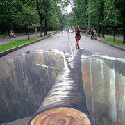 Unser berühmter Tanz auf dem Baum im Moskauer Park