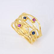 5er-Ring, feingoldplattiertes Silber mit farbigen Saphiren im Brillantschliff