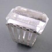 Silberring mit großem Bergkristall