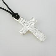 Feinsilberanhänger, christliches Kreuz aus 999,99er Silber