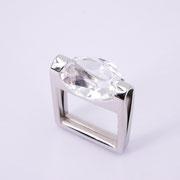 Ring, rhodiniertes Silber mit einschlussfreiem Bergkristall