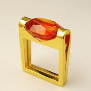 Ring, feingoldplattiertes Silber mit synthetischem Padparadscha