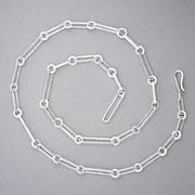 Lange Silberkette mit Strohschmiedestruktur