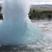 Les geysers, ou l'eau à 180 degrés