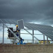 Instalación solar fotovoltaica, de conexión y venta de electricidad a red