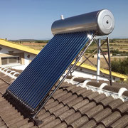 Equipo solar térmico, termosifónico, de tubos de vacío