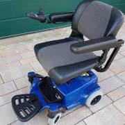 klappbare Fußstütze Elektromobil Mobilis M35 blau