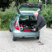 Elektromobil vom Experten im Auto transportieren