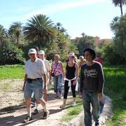 Unser einheimischer Führer für die Palmenoase