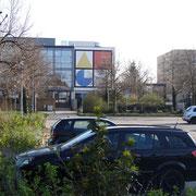 Foto: Björn Baumann - Parkplatz vor dem AEG