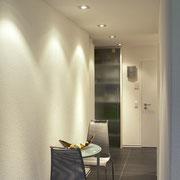 Appartement en propriété: installation générale, éclairage spécial par LED et halogène 12 V