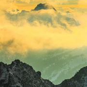 Sonnenuntergang mit Wetterumschwung am Nebelhorn bei Oberstdorf
