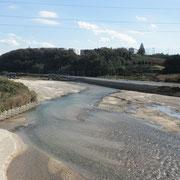 川の水は少ないようです