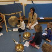 jedes Kind bekommt ein eigenes Instrument