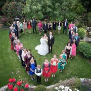 Gruppenfoto Herz Hochzeit Franken