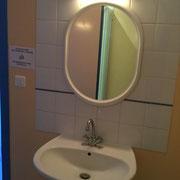 le lavabo et douche chambre 3  Ferme Relais de la Baie de Somme gîtes de groupe baie de somme