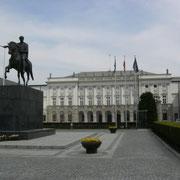 Sitz des Staatspräsidenten - hier wurde auch der Warschauerpakt abgeschlossen
