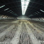 In dieser Halle sind etwa 6000 Krieger