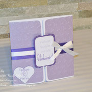 Hochzeitseinladungen LOVEHEART in flieder/lila/weiß