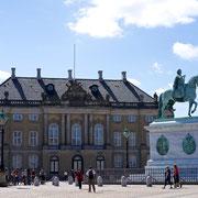 Schloßplatz Amalienburg