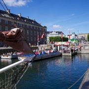 Nyhavn Kanal Touristenboote