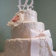 pastel boda con relieve