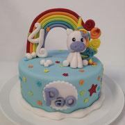 Pastel fondant unicornio de colores arcoiris