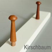 edle Kombination: matter Weißlack & Kirschbaum