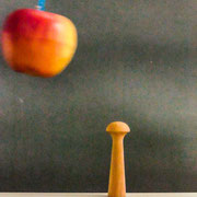 aus Apfel-Holz