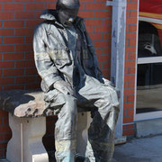 Firefighter Statue erinnert alle Feuerwehranwärter in der Fire Academy The Rock an 9/11