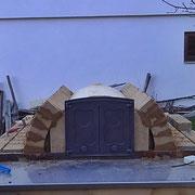 Tür im Holzbackofen