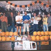 Remise des prix du semi marathon au milieu des citrouilles d'Halloween